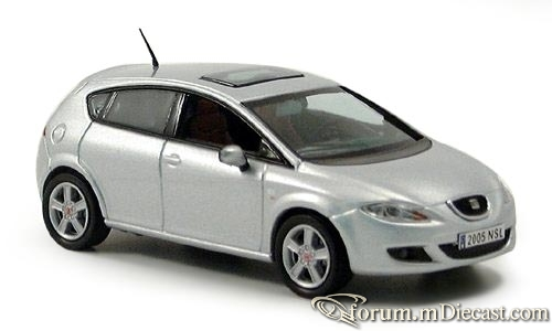 Seat Leon 2005 J-Collection.jpg