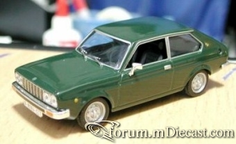 Seat 128 Coupe 1977 Altaya.jpg