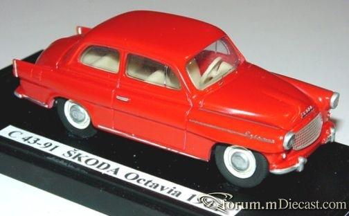 Skoda Octavia 1961 2d HynekKnopp.jpg