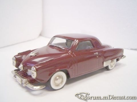 Studebaker Commander Coupe 43th Avenue.jpg