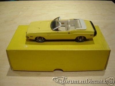 Dodge Challenger Cabrio.jpg