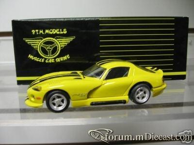 Dodge Viper 1993 GTS PTH.jpg