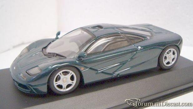 McLaren F1 GTR 1996 Minichamps.jpg