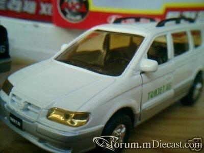 Hyundai Trajet.jpg