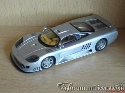 Saleen S7 2001 ProvenceMoulage.jpg