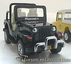Mahindra Classic Centy.jpg