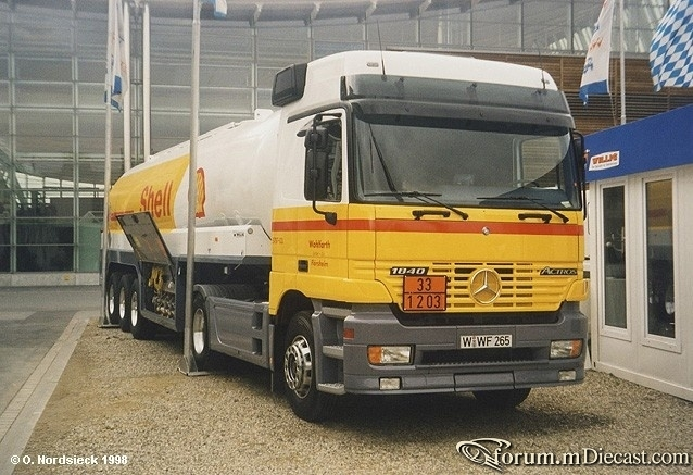 Actros-1840L-Tanksattelzug-Shell-weiss-gelb.jpg