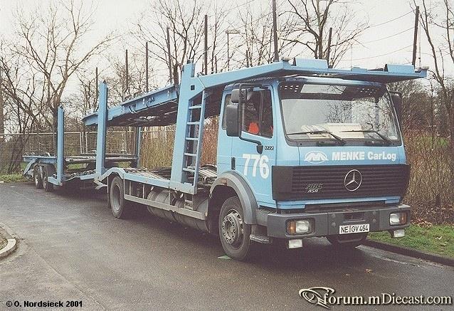 1722-SK-Autotransporter-Menke-lichtblau.jpg