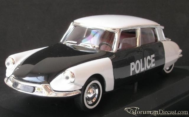 Citroen DS 19, Polizei.JPG