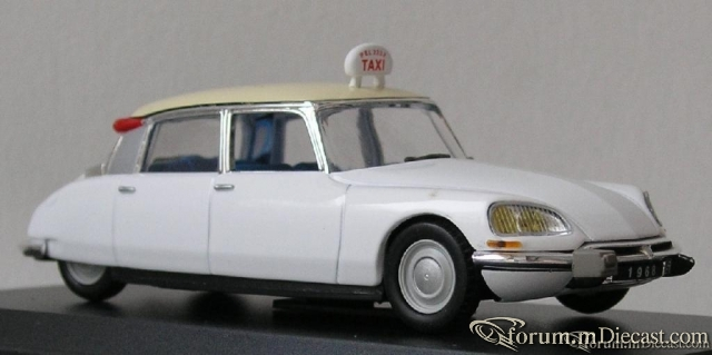 Citroen ID 19 Taxi.JPG