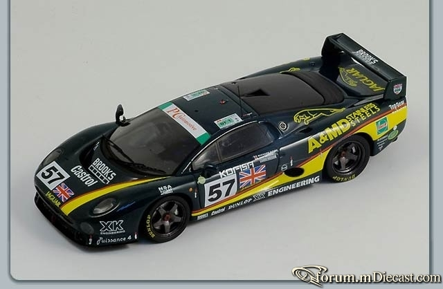 Jaguar XJ220 Le Mans 1995 Spark