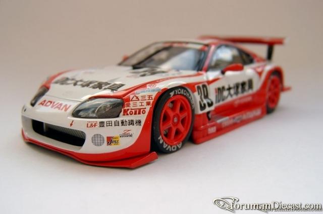 Toyota Supra SARD SC 2002 Ebbro