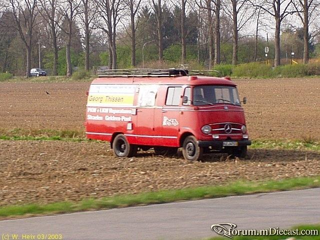 MB-L-319-ex-Feuerwehr-Thissen.jpg