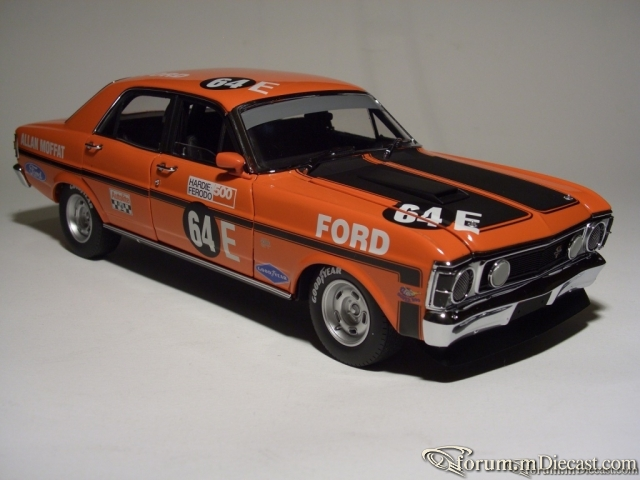 Ford XW Falkon Fhase II GT-HO 1970 Classic Carlectables