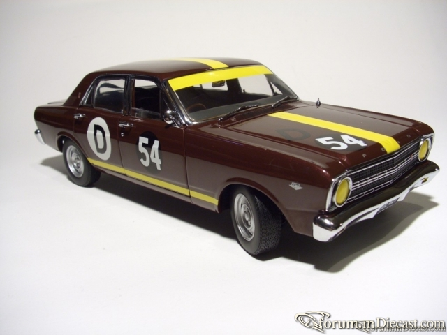 1967 Ford XRGT Falcon Classic Carlectables