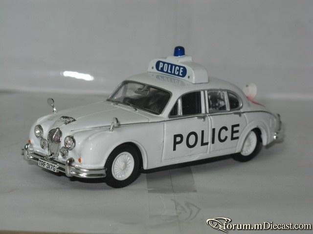 Jaguar MK II Police 2 Vanguards