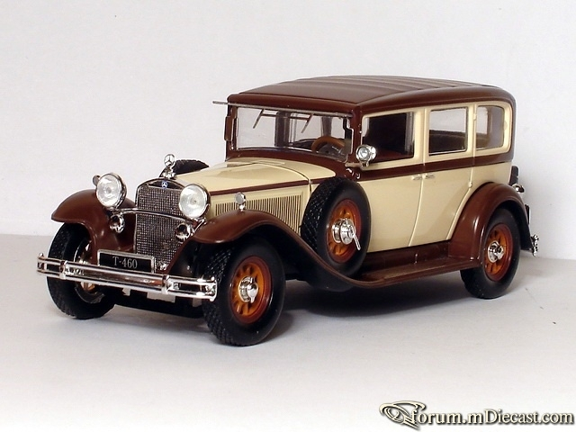 Mercedes-Benz W 08 IV Nurburg 460 Pullman 1931 Ixo