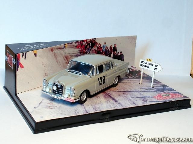 Mercedes-Benz W111 Sedan 220 SE Monte Carlo 1960 SKID/Vitess