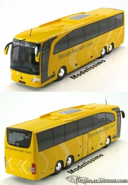 Mercedes-Benz Travego M Rietze