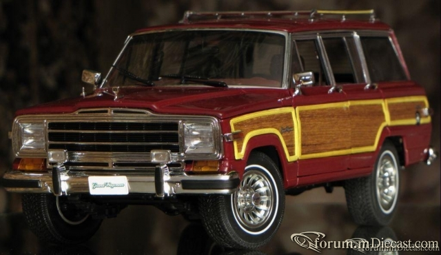 AUTOart Jeep Grand Wagoneer 1988