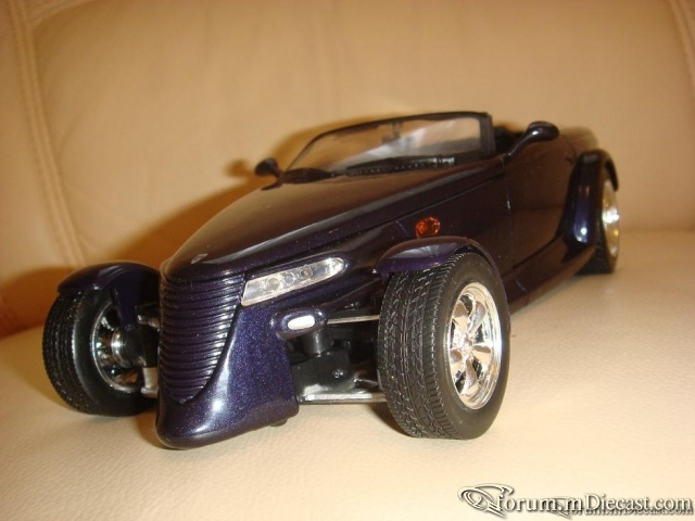 MotorMax 1:18 Chrysler Howler Concept