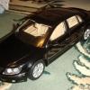 AutoArt 1:18 VW Phaeton
