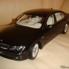 Kyosho 1:18 BMW 7-series Li