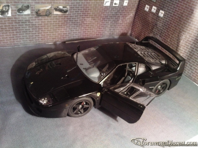 F40 LIGHT VERSION FROM KYOSHO