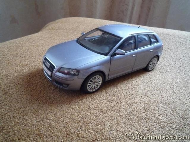 Kyosho Audi A3 Sportback