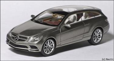 Прикрепленное изображение: 2008 Mercedes-Benz Fascination Concept - Minimax - B66960233 - 1_small.jpg