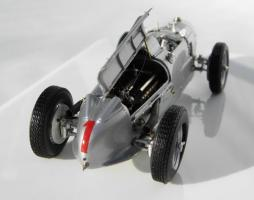 Прикрепленное изображение: Auto Union Type A, Winner of the 1934 German Grand Prix_3.jpg