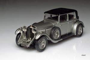Прикрепленное изображение: Bentley 8 Litre 1930 4door Sedan Lansdowne Models LDM 75X.jpg