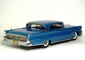 Прикрепленное изображение: 1958 Lincoln Conti Mark III-3.JPG