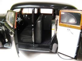 Прикрепленное изображение: 1938 Packard 180-7.JPG