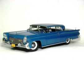 Прикрепленное изображение: 1958 Lincoln Conti Mark III-1.JPG