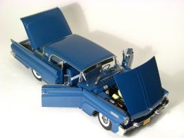 Прикрепленное изображение: 1958 Lincoln Conti Mark III-6.JPG