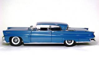 Прикрепленное изображение: 1958 Lincoln Conti Mark III-2.JPG