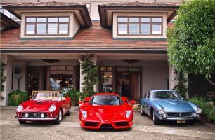 Прикрепленное изображение: Ferrari-Enzo-250-Valet.jpg
