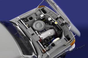 Прикрепленное изображение: BMW 1600 Autoart 75022_10.JPG
