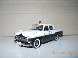 Прикрепленное изображение: Colobox_Toyota_Crown_DX_RS21_Police_Ebbro~01.jpg