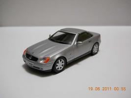 Прикрепленное изображение: Colobox_Mercedes-Benz_SLK230_R170_Herpa~01.jpg