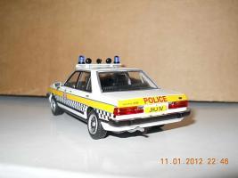 Прикрепленное изображение: Colobox_Ford_Granada_MK2_Police_Vanguards~03.jpg