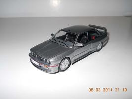 Прикрепленное изображение: Colobox_BMW_M3_E30_Ixo~04.jpg