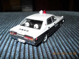 Прикрепленное изображение: Colobox_Nissan_Cedric_330_Police_DISM~03.jpg