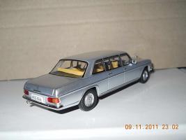 Прикрепленное изображение: Colobox_Mercedes-Benz_V115_Ixo~02.jpg