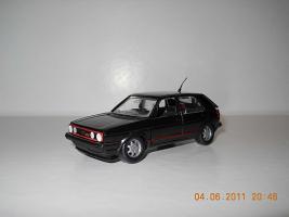 Прикрепленное изображение: Colobox_VW_Golf_A2_GTI_Schabak~01.jpg