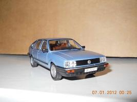Прикрепленное изображение: Colobox_Volkswagen_Passat_B2_WhiteBox~03.jpg