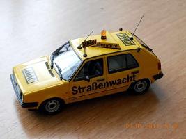 Прикрепленное изображение: Colobox_VW_Golf_A2_ADAC_Minichamps~04.jpg