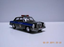 Прикрепленное изображение: Colobox_Mercedes-Benz_W108_Leningrad~02.jpg