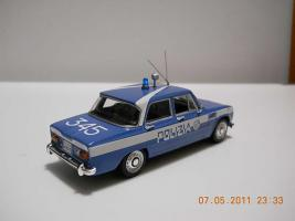 Прикрепленное изображение: Colobox_Alfa-Romeo_Guilia_Polizia_Minichamps~02.jpg